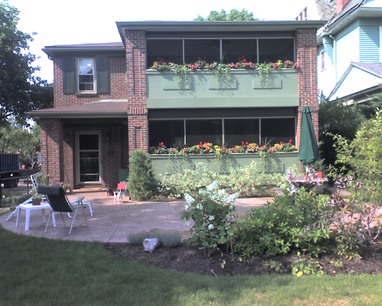 The porches are finished!